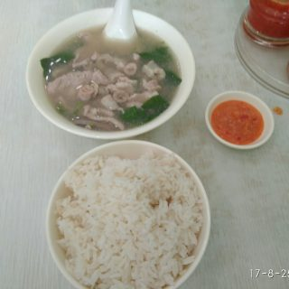 猪杂汤饭-